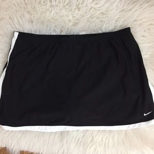 Nike Sport Skirt With Shorts Size Large